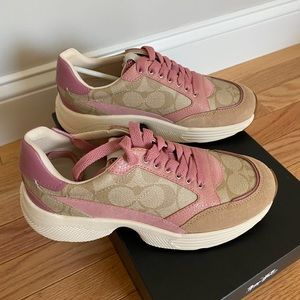 Women coach shoes